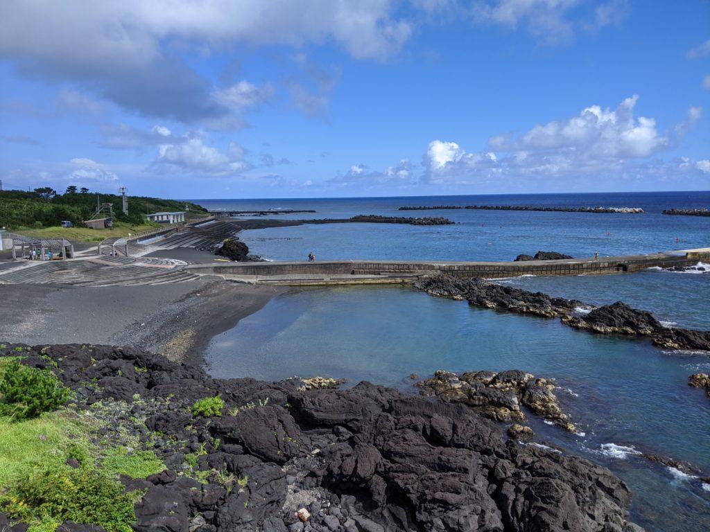 八丈島の海水浴場